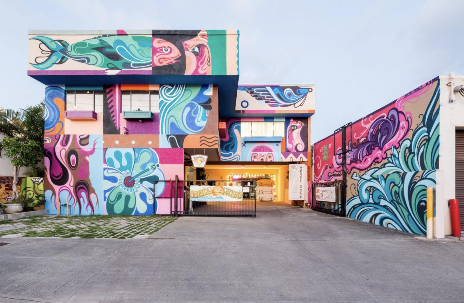 Pow Wow Hawaii 2014 Reka And Lucky Mural Reka Lucky Olelo