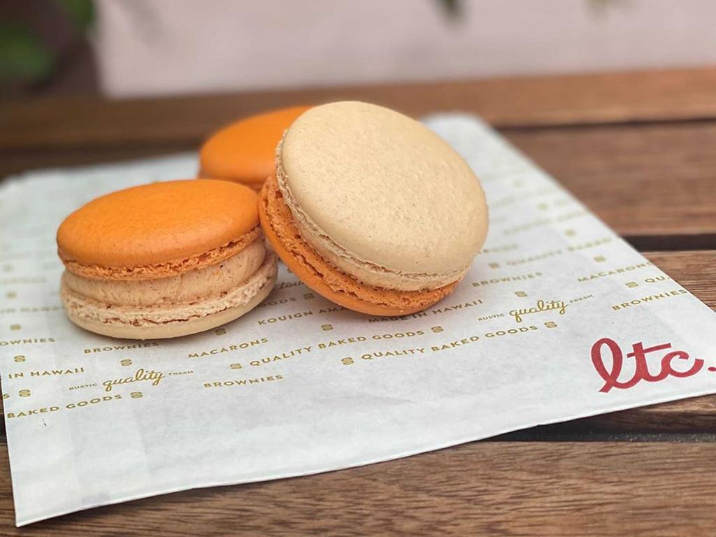 La Tour Cafe Pumpkin Cream Cheese Macarons