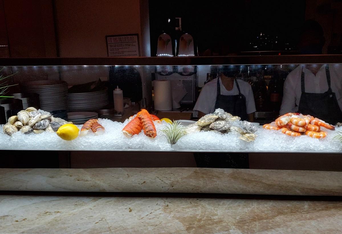 Sky Waikiki Seafood Display