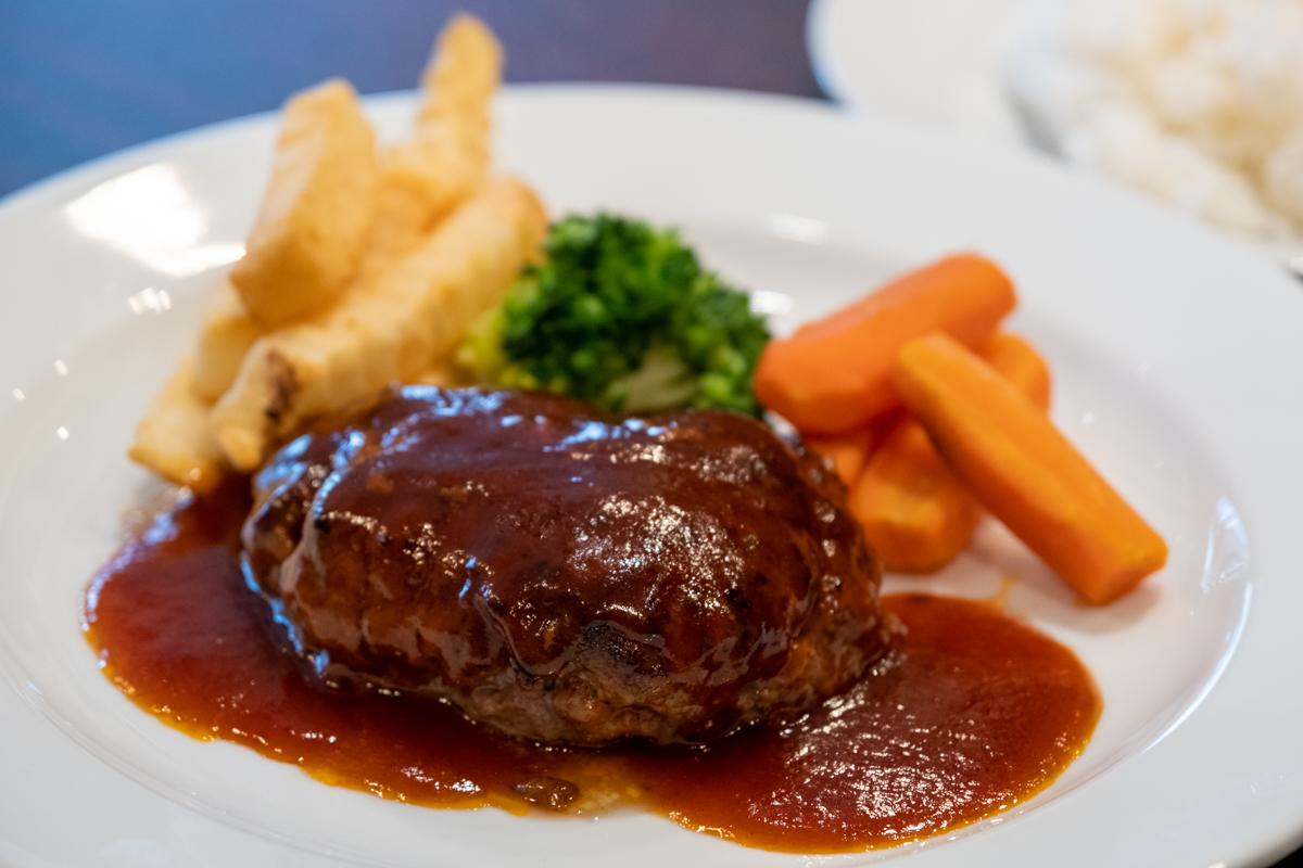 Hamburger steak at Yoshoku Ginza Bairin
