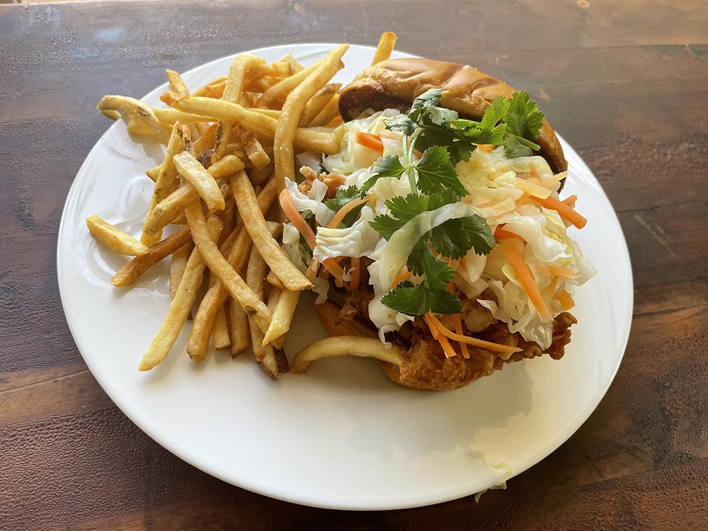 Honolulu Staff Favorites The Best Sandwiches On Oahu Fried Chicken Sandwich Over Easy