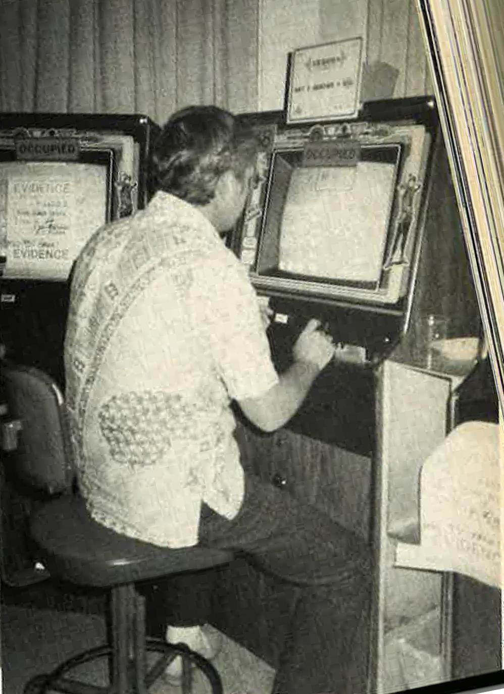 Hn2104 Calabash Fof Gambling April 1986