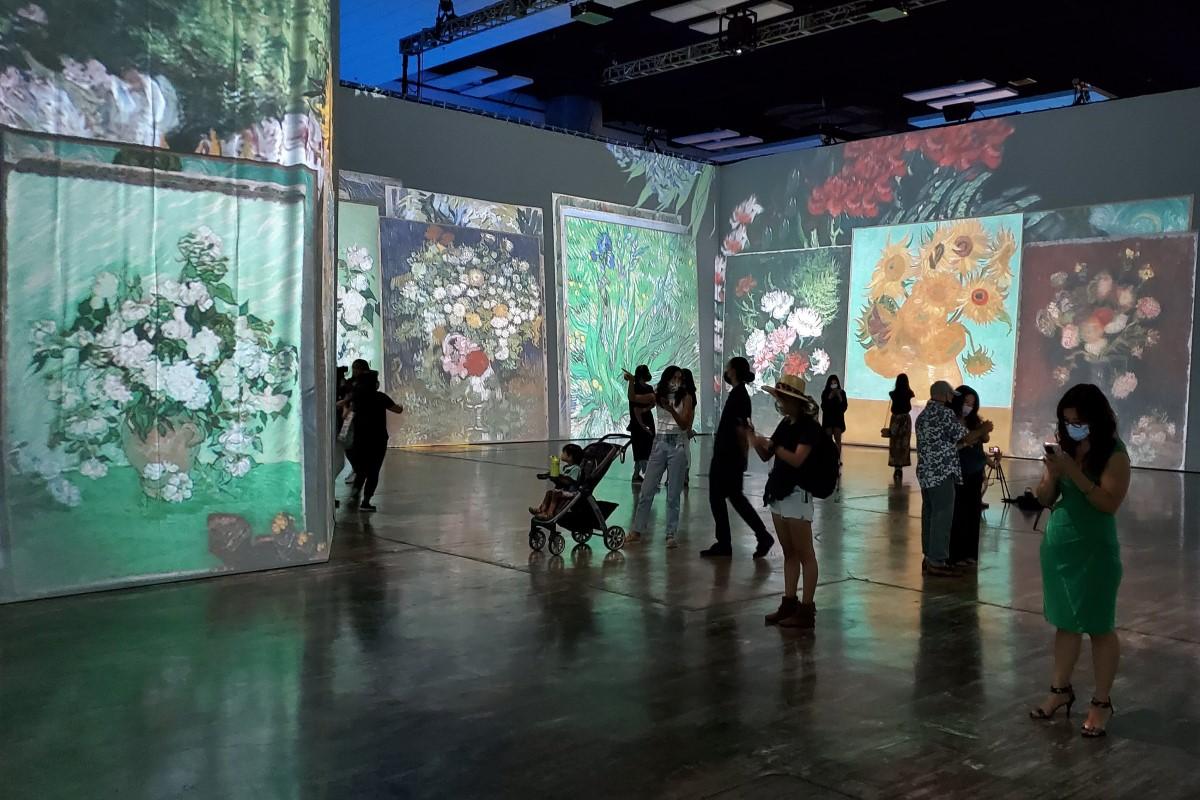 Beyond Van Gogh Paintings Flowers 3d Credit Katrina Valcourt