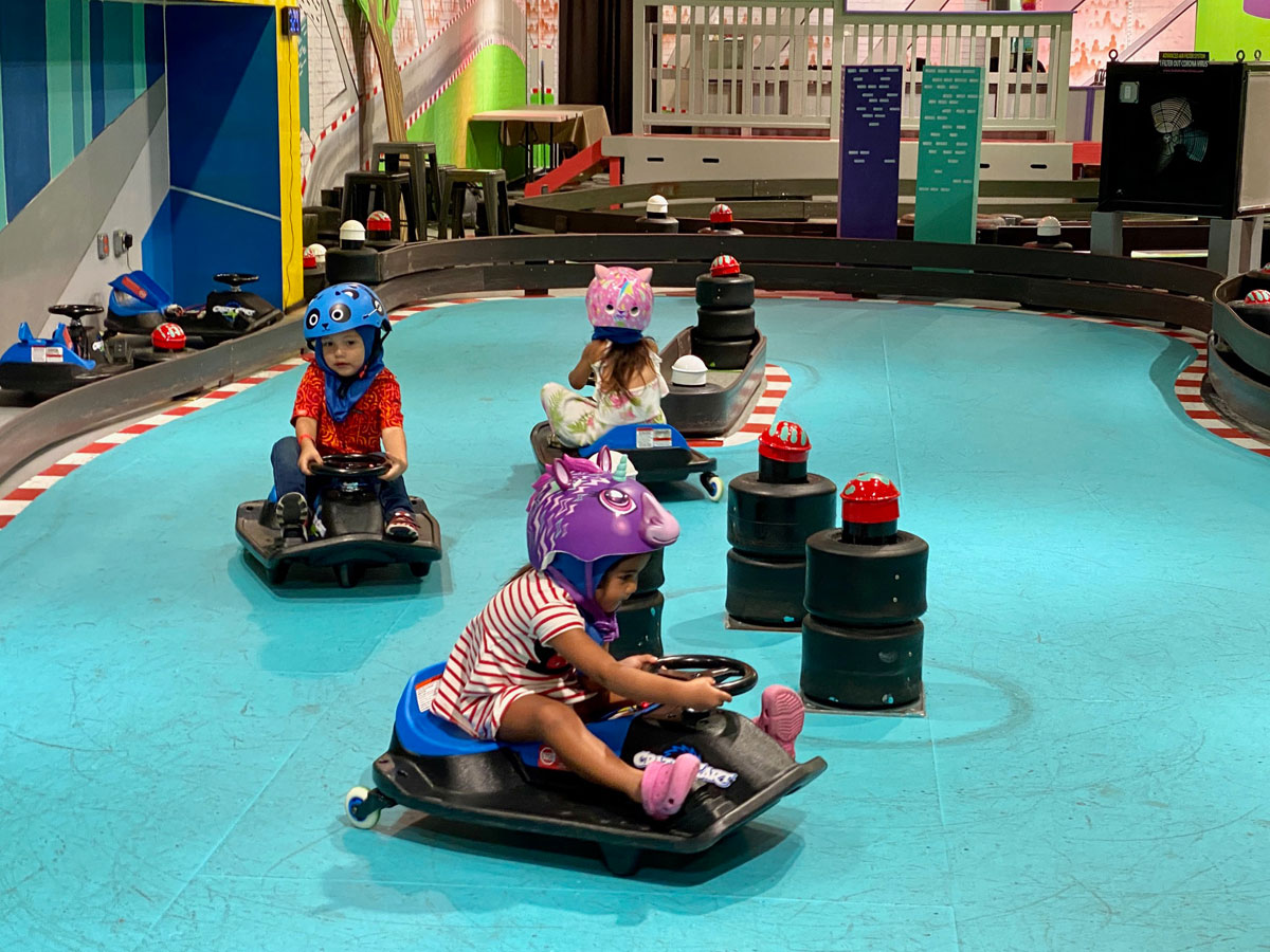 Razor Sports Crazy Cart Shift Photo Laura Dornbush