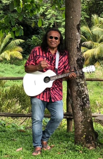 Weekend Pics July Ala Moana 4thofjuly Free Concert Henry Kapono