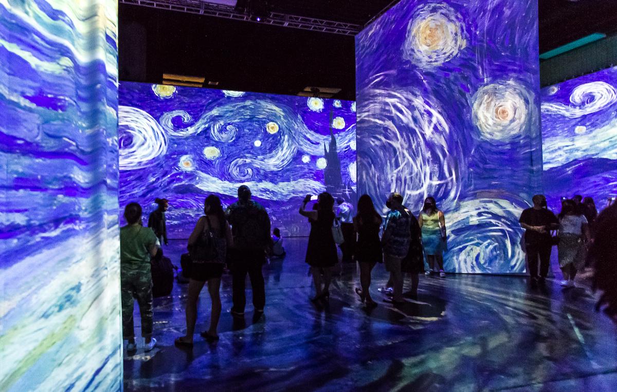 Beyond van gogh Starry Night Tracy Chan