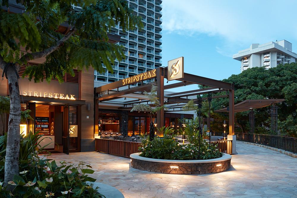 Stripsteak Waikiki Exterior