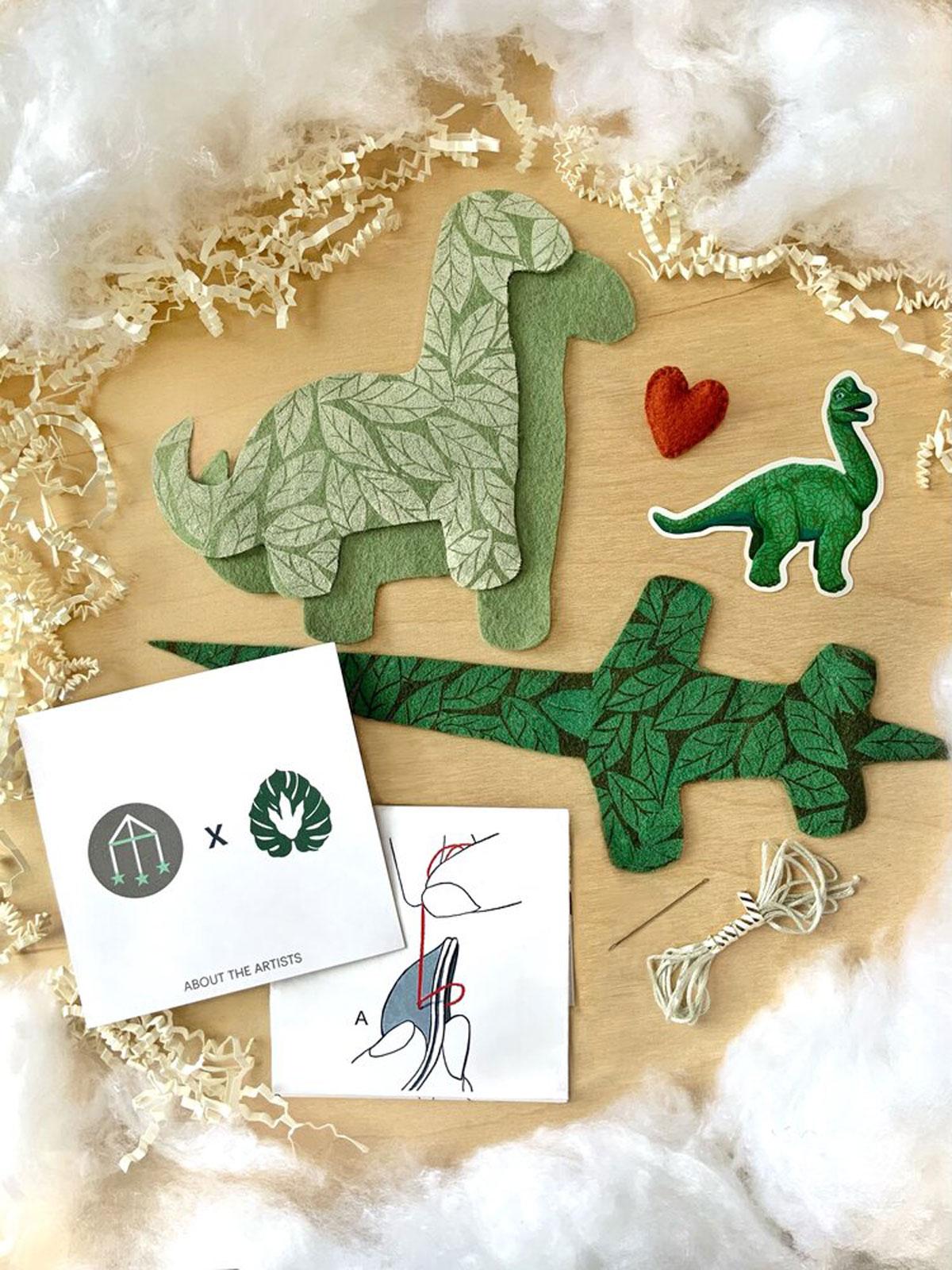 Dinosaur Felt Dino Flora Photo Kit