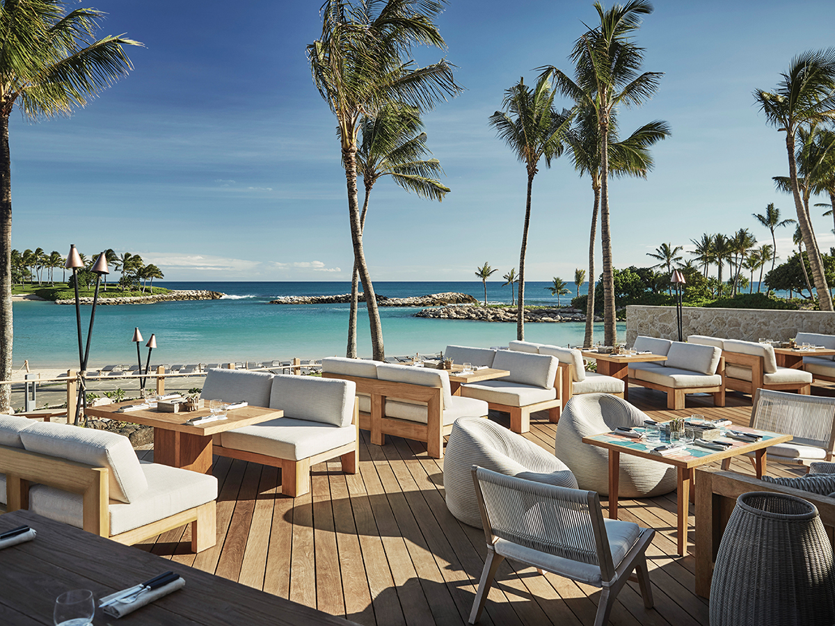 The Best Places To Eat Outside In West Oahu Cover